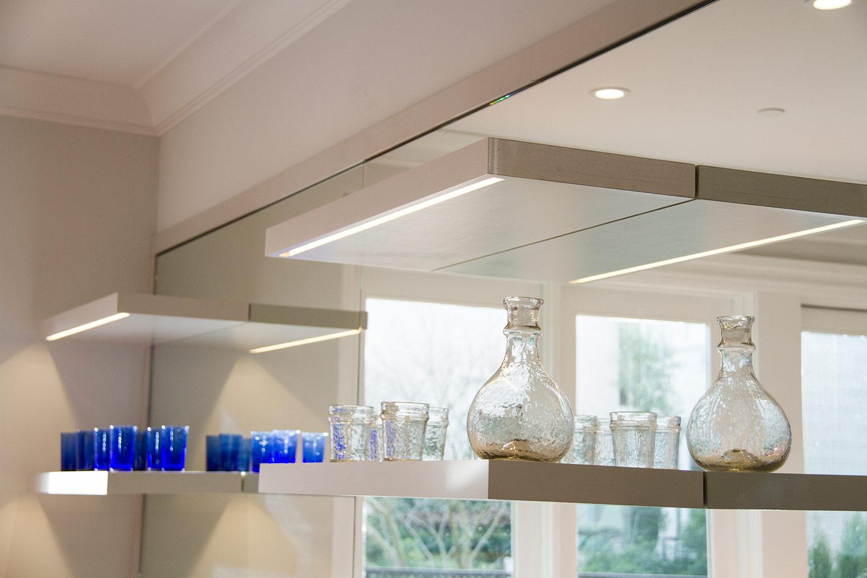 kitchen, kitchen shelving, open cabinets, detail, decor, mirror,