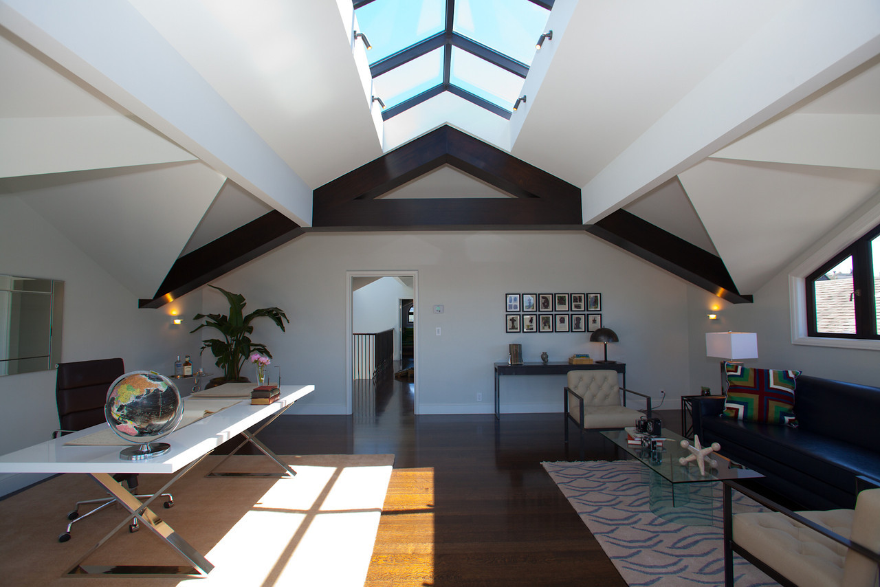 skylight, attic remodel, natural light, open floor plan, office space, desk, modern, pent room