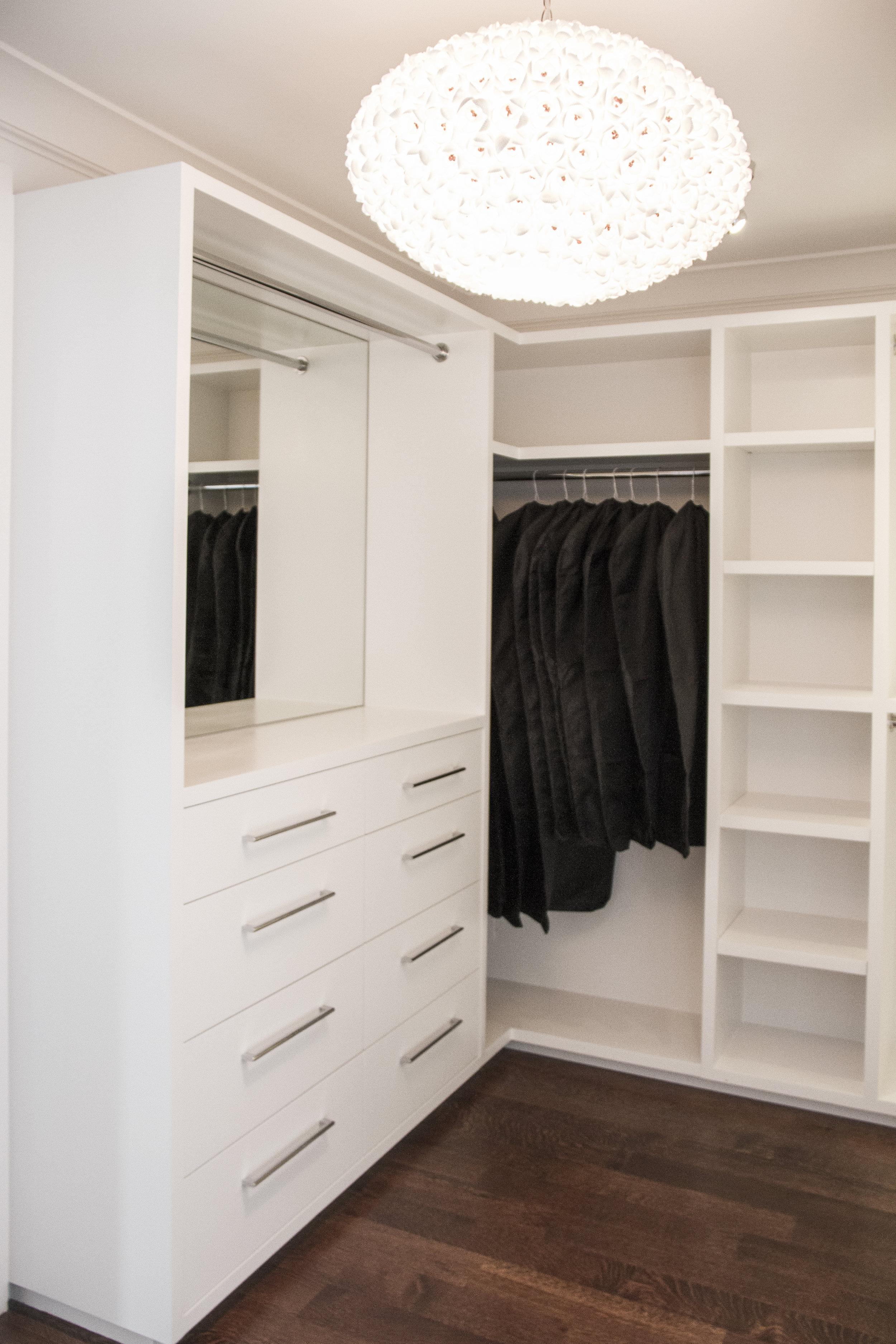 closet, white, modern, storage, wardrobe, hangers, clothes, clothes rack, hardwood floor