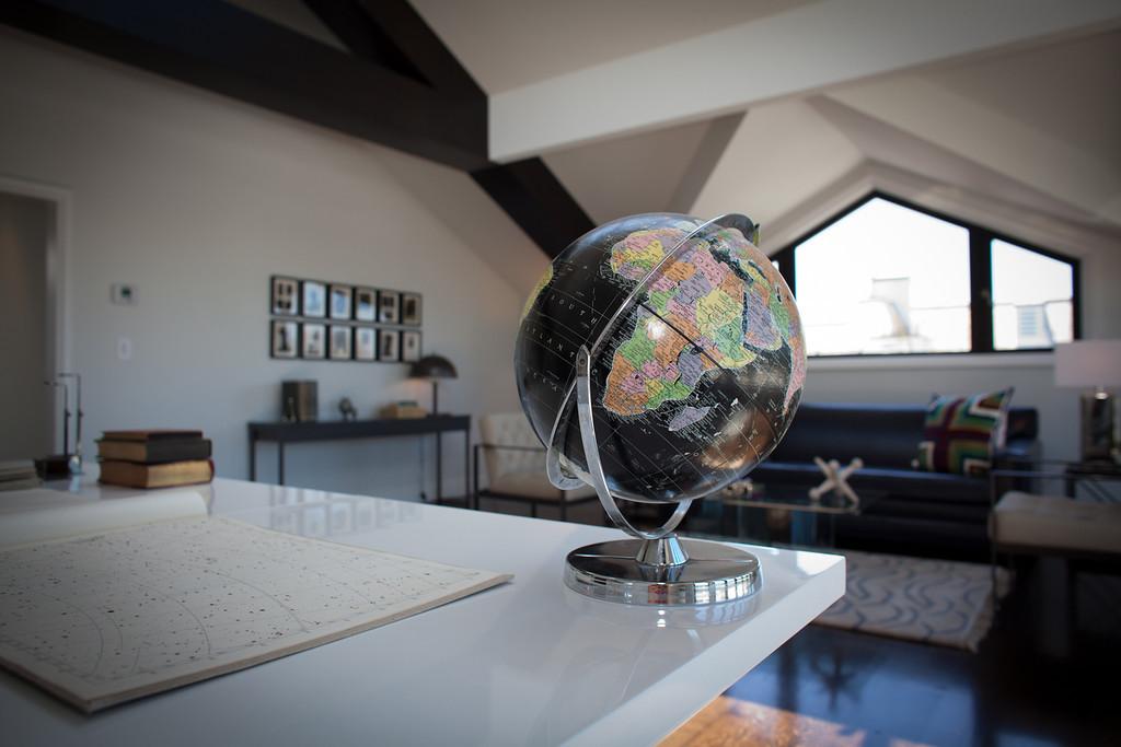 office, desk, attic, details, accessories