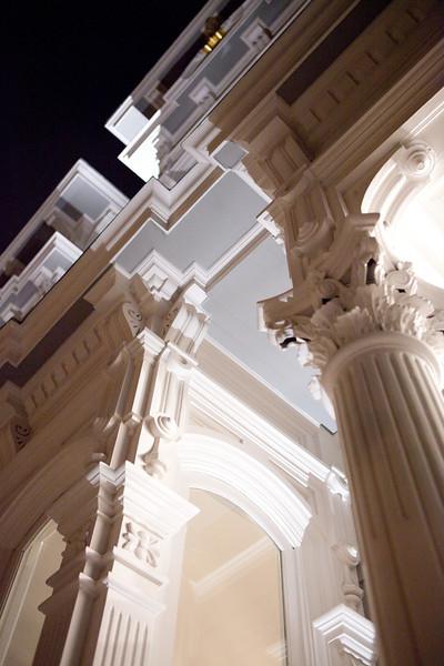 exterior, details, columns, entry, entryway, moulding, crown moulding