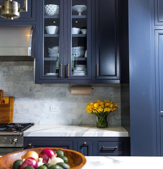 Cabinetry details from a Pacific Heights remodel project. Love when clients let us play with color! #interiordesign #sanfrancisco #pacificheights #calacattamarble #navy #interiordesigner