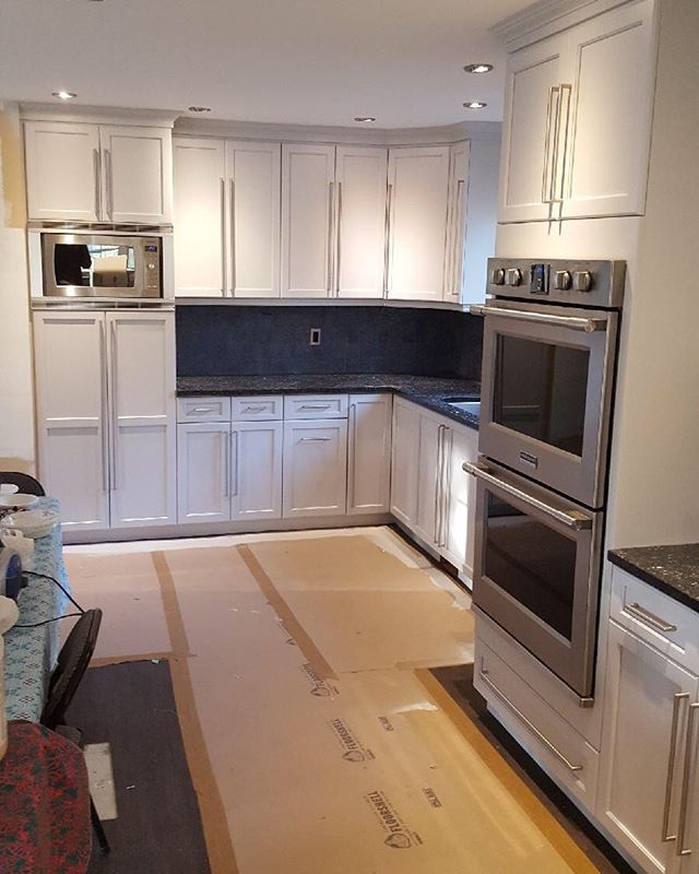 Vancouver Cabinet Painting- Kitchen Canvas- Benjamin Moore Cement Gray Cabinets - 2112-60
