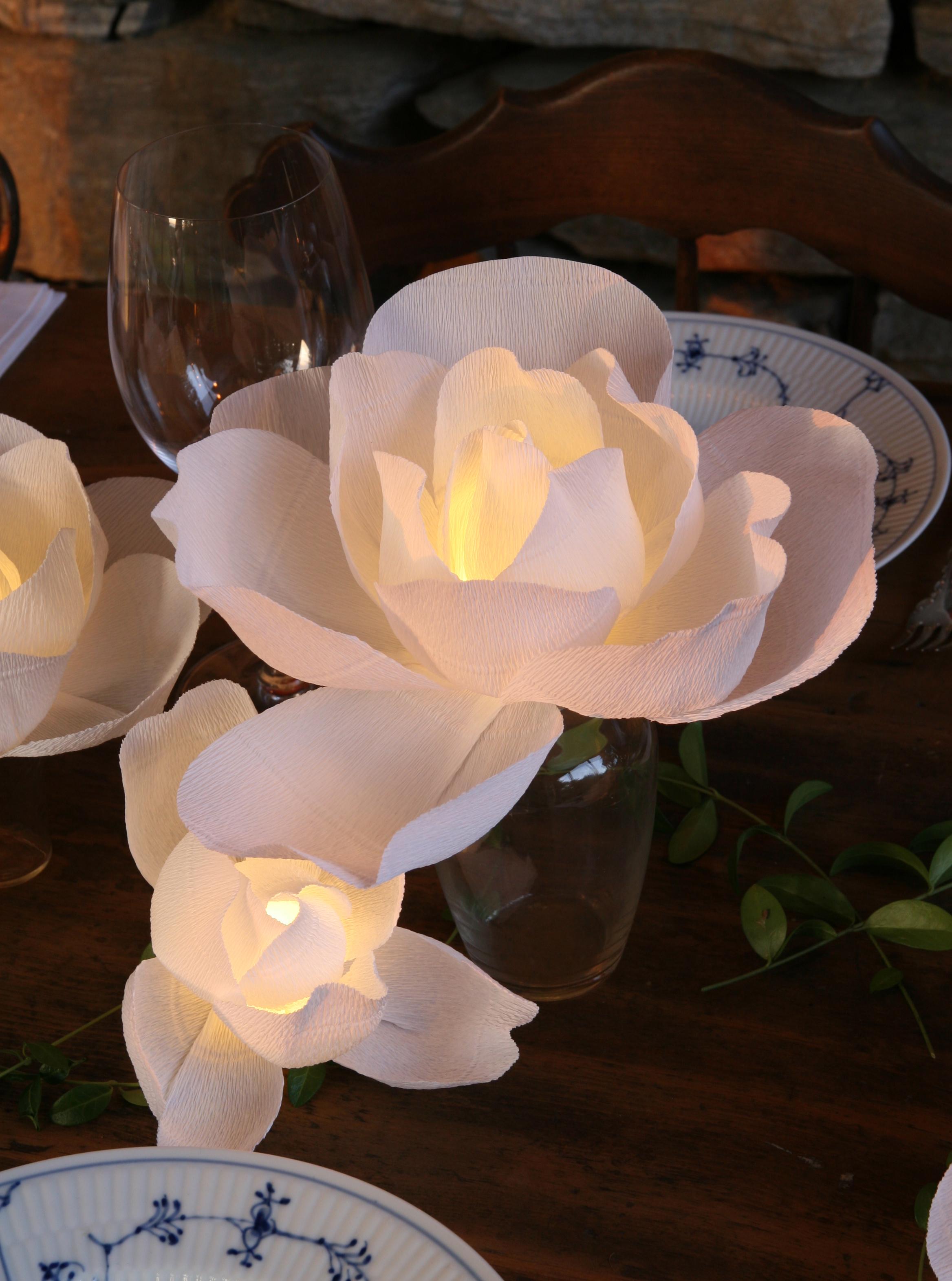 Magnolia Centerpiece | by Aster + Quail | www.asterandquail.com