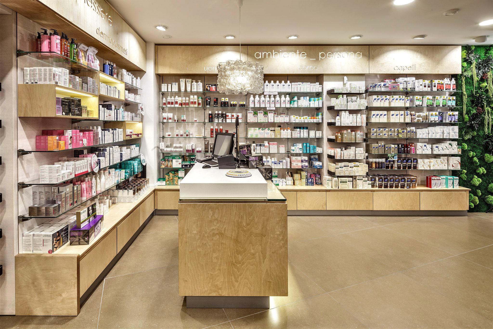 Farmacia Martinez 03B.jpg