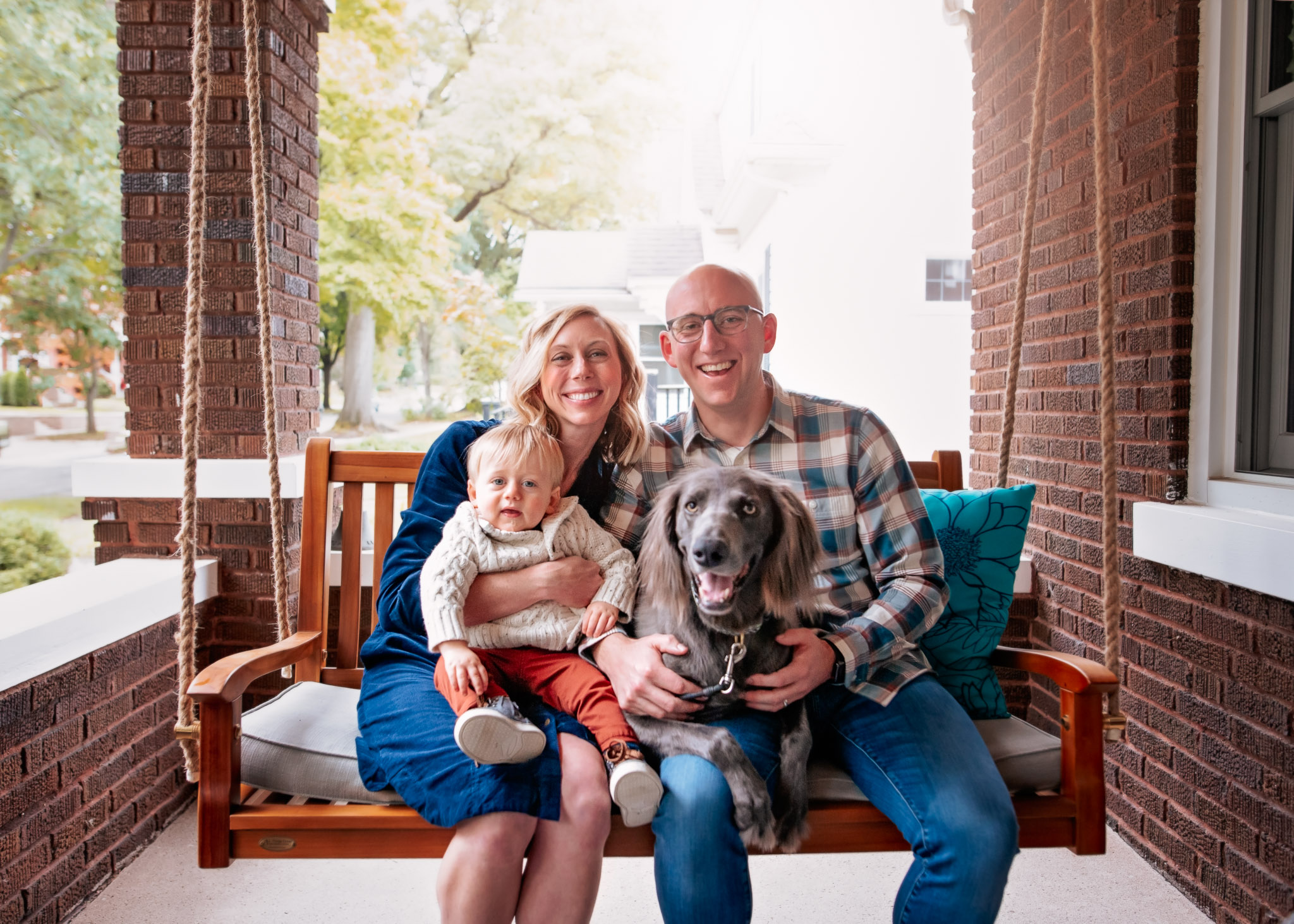 Columbus-fall-family-pictures-with-dog.jpg