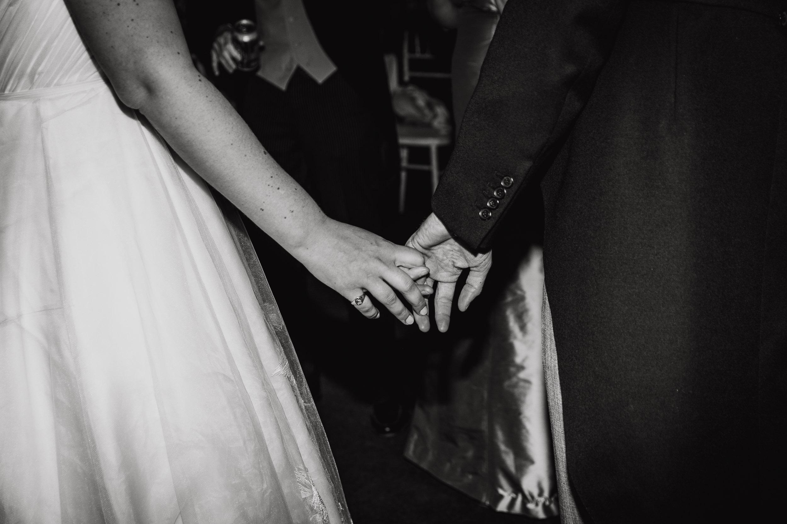 hamswell-house-wedding-photographer-w121.jpg