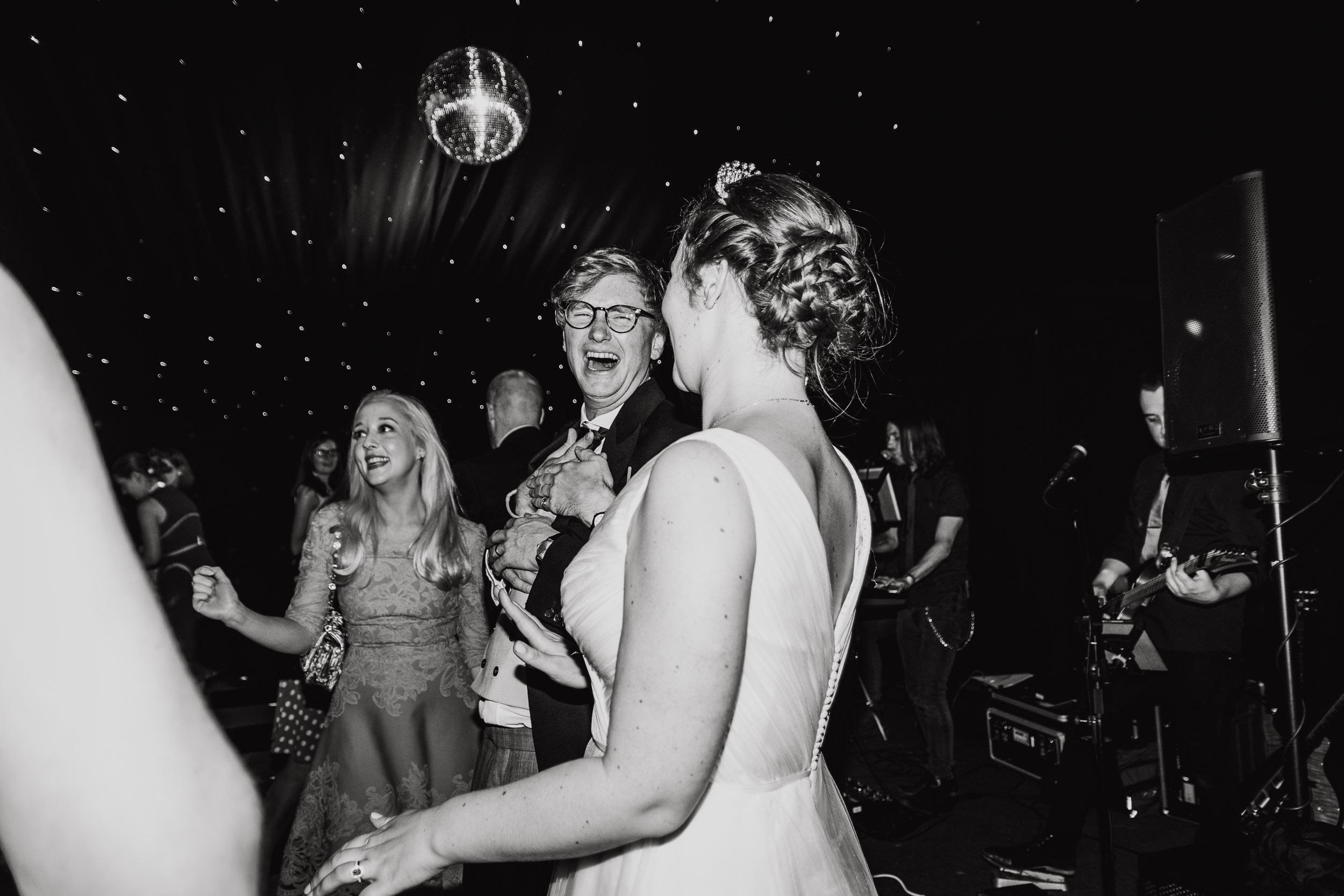 hamswell-house-wedding-photographer-w122.jpg
