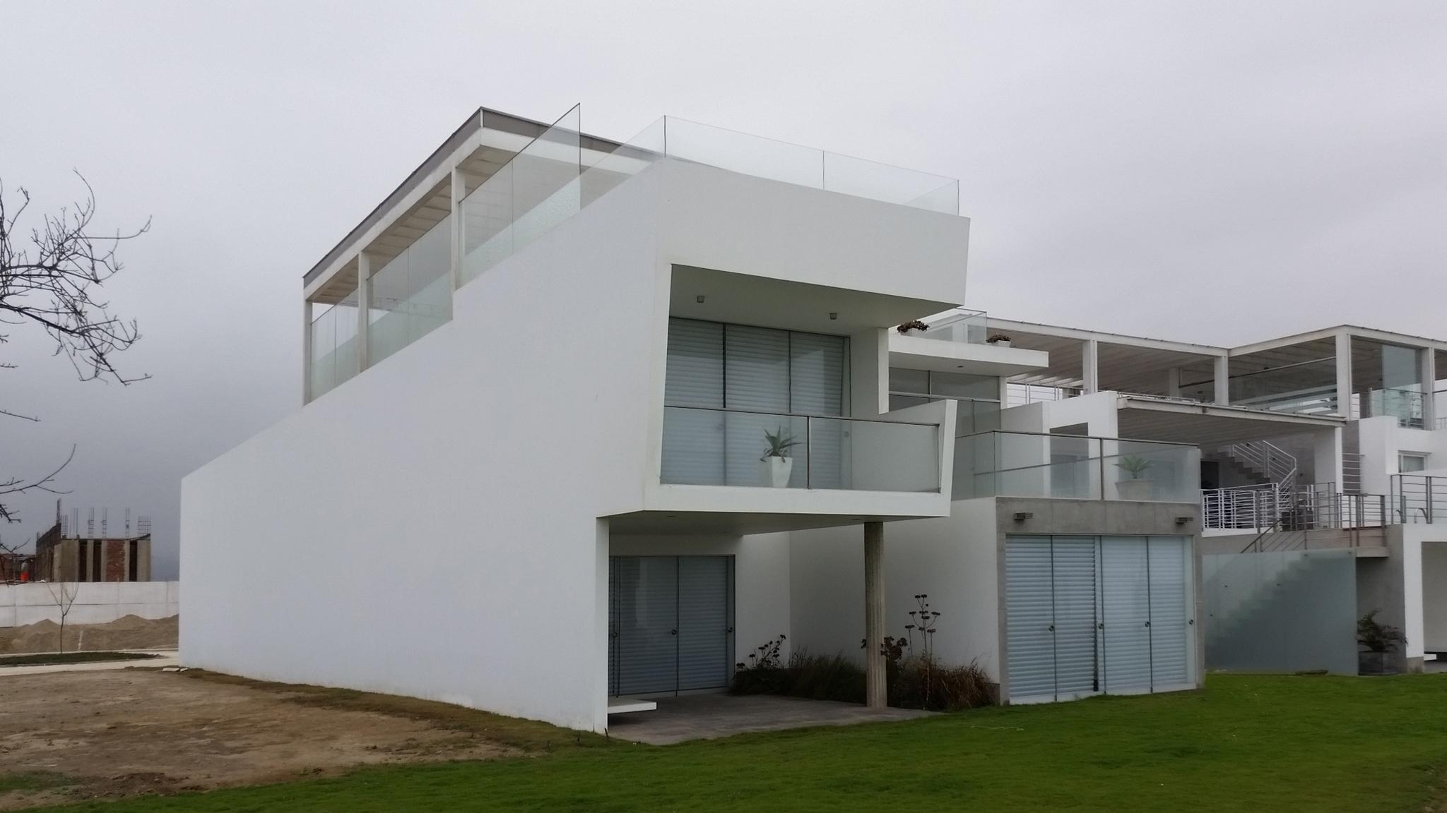 Diego del Castillo - oaudarq - casa de playa EC (8).jpg