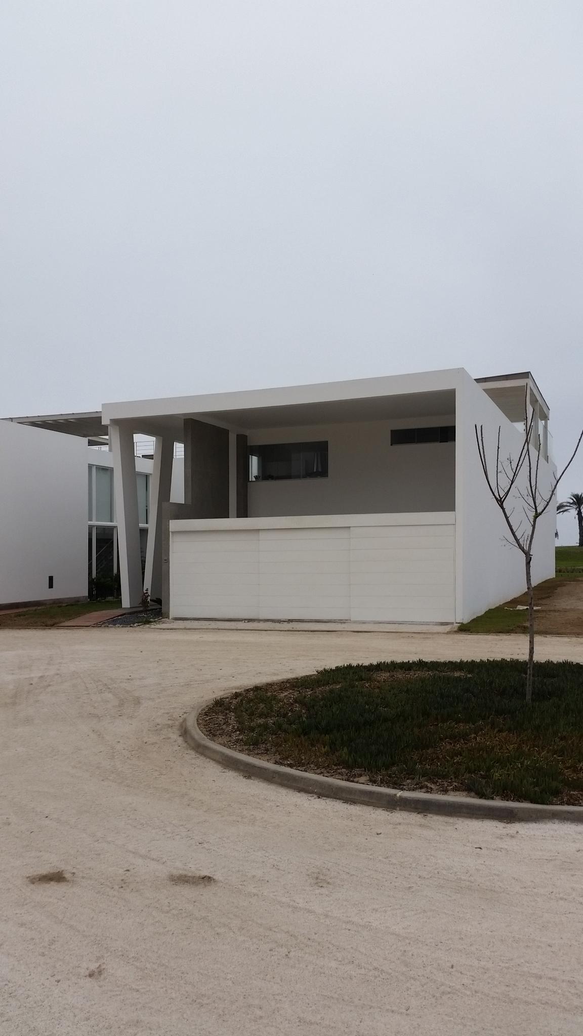 Diego del Castillo - oaudarq - casa de playa EC (12).jpg