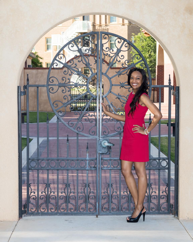 Nia Pierce Graduation Pics-1294-Web.jpg