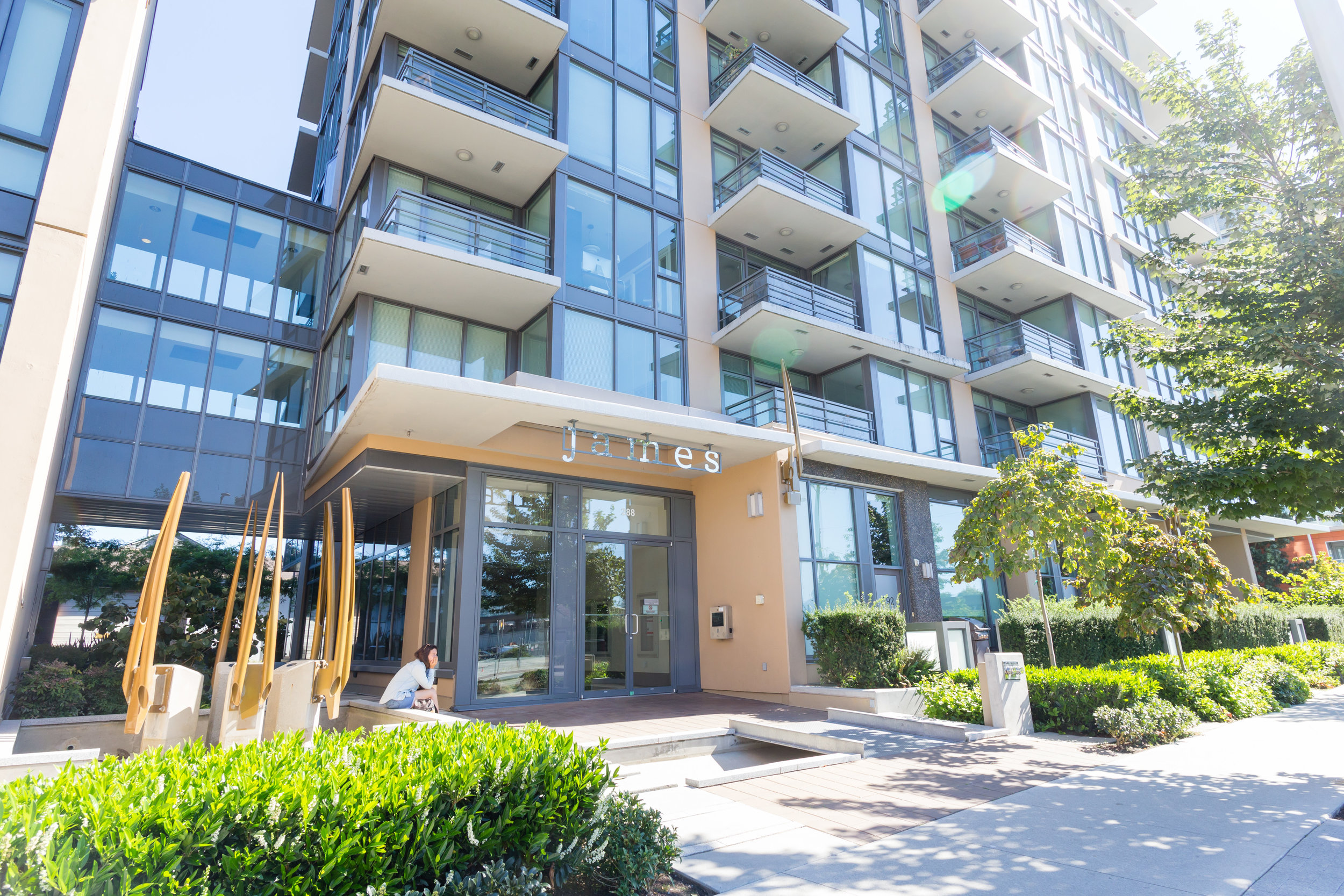 James by Cressey - #809-288 West 1st Avenue(SOLD)$1,029,000 | 2 Bed + Den | 2 Bath Ensuites