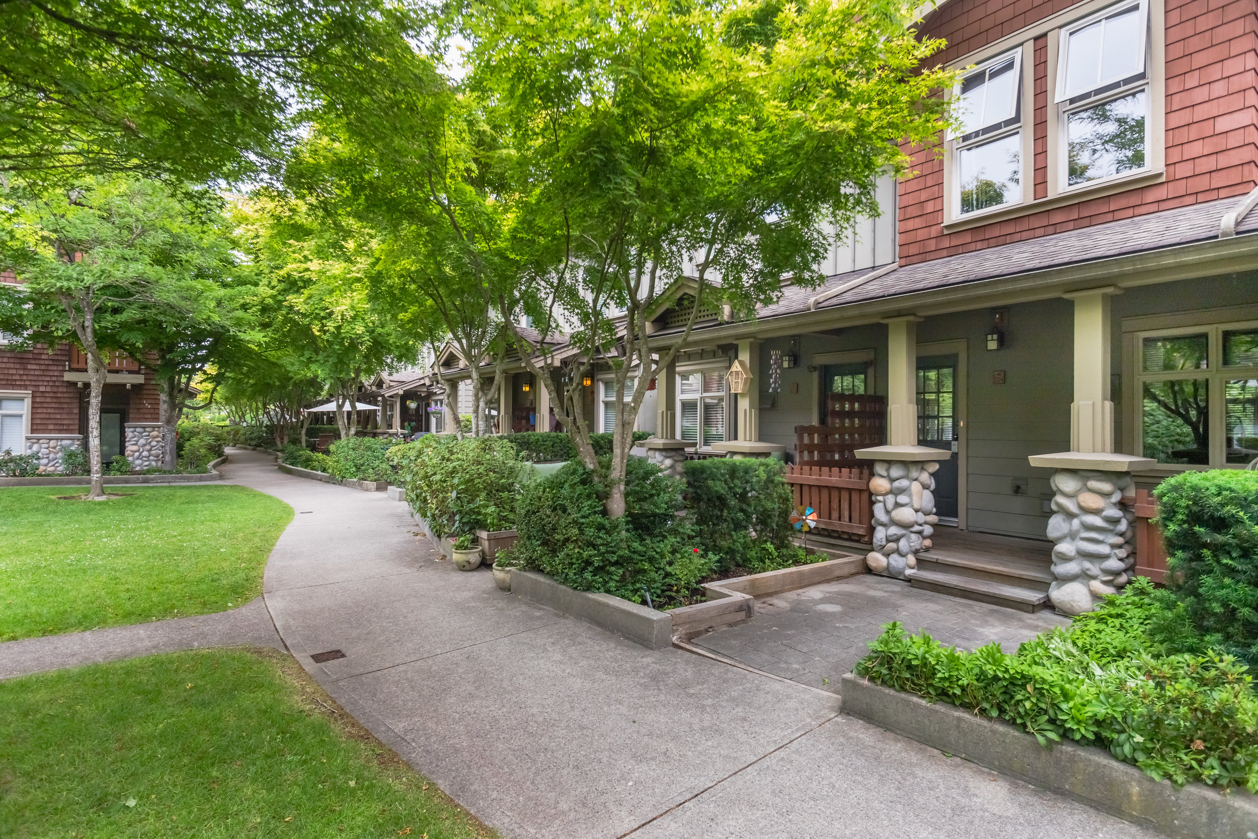 Crofton Queen's Park - #234-15 Sixth Avenue(JUST SOLD)$545,000| 2 Bed | 1 Bath | Townhouse