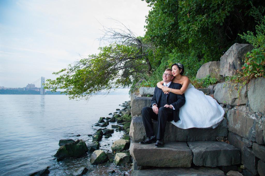 bride-and-groom-water-bridge-photos-the-foundry-wedding-ny-1024x683.jpg
