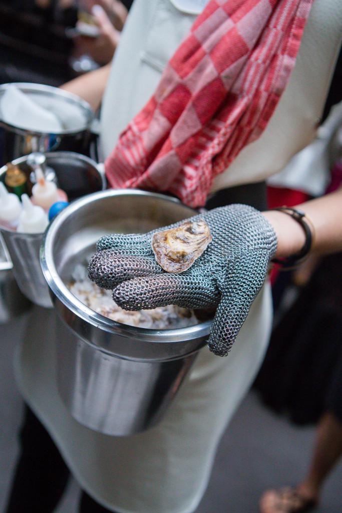 clams-the-foundry-wedding-ny-683x1024.jpg