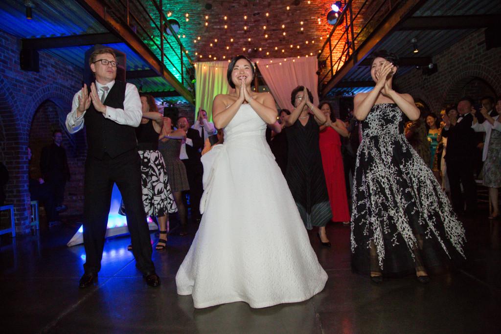 bollywood-flash-mob-wedding-the-foundry-wedding-ny-1024x683.jpg