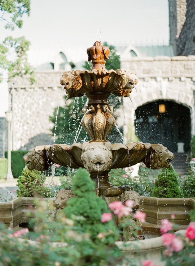 beautiful-fountain-castle-hotel-wedding-tarrytown-ny-750x1024.jpg