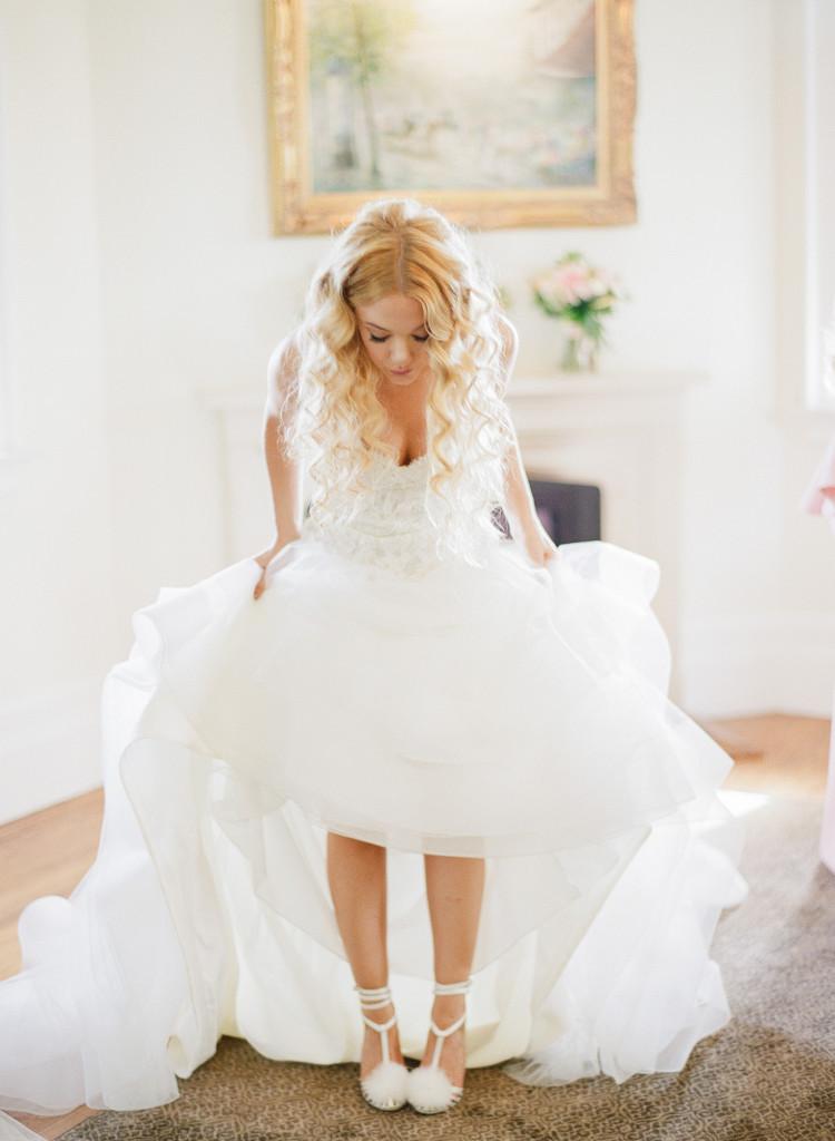 bridal-shoes-castle-hotel-wedding-tarrytown-ny-750x1024.jpg