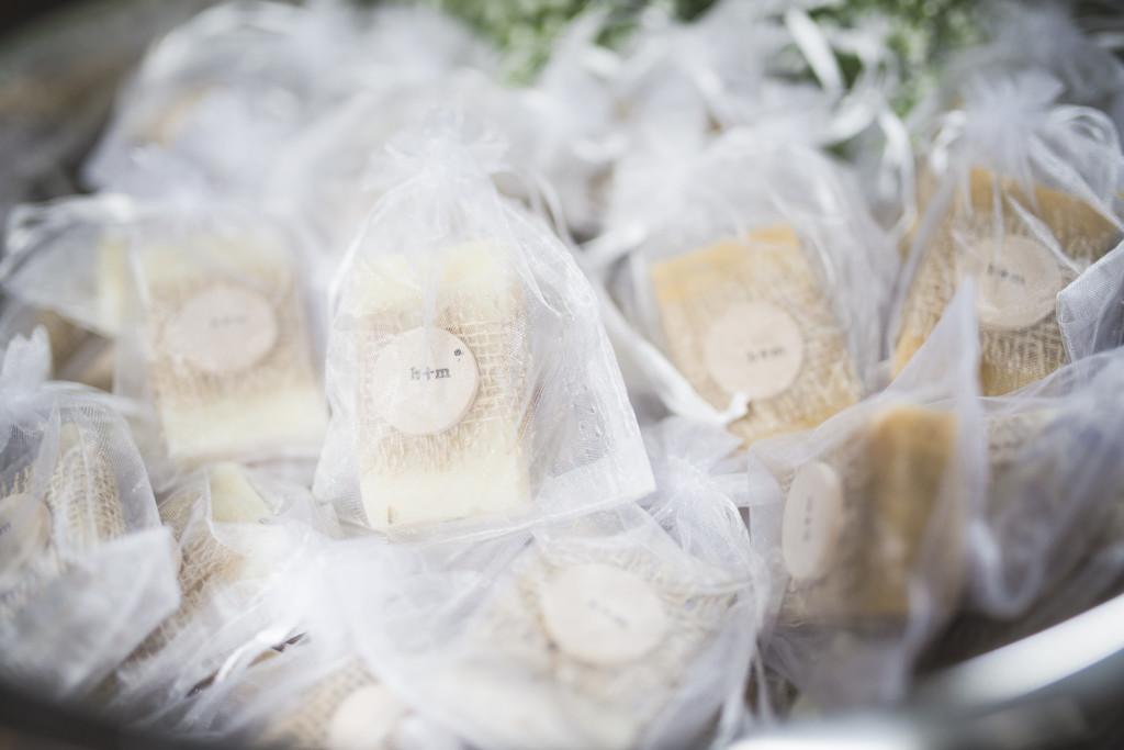 soap-guest-favors-mymoon-wedding-reminisce-photography-1024x683.jpg