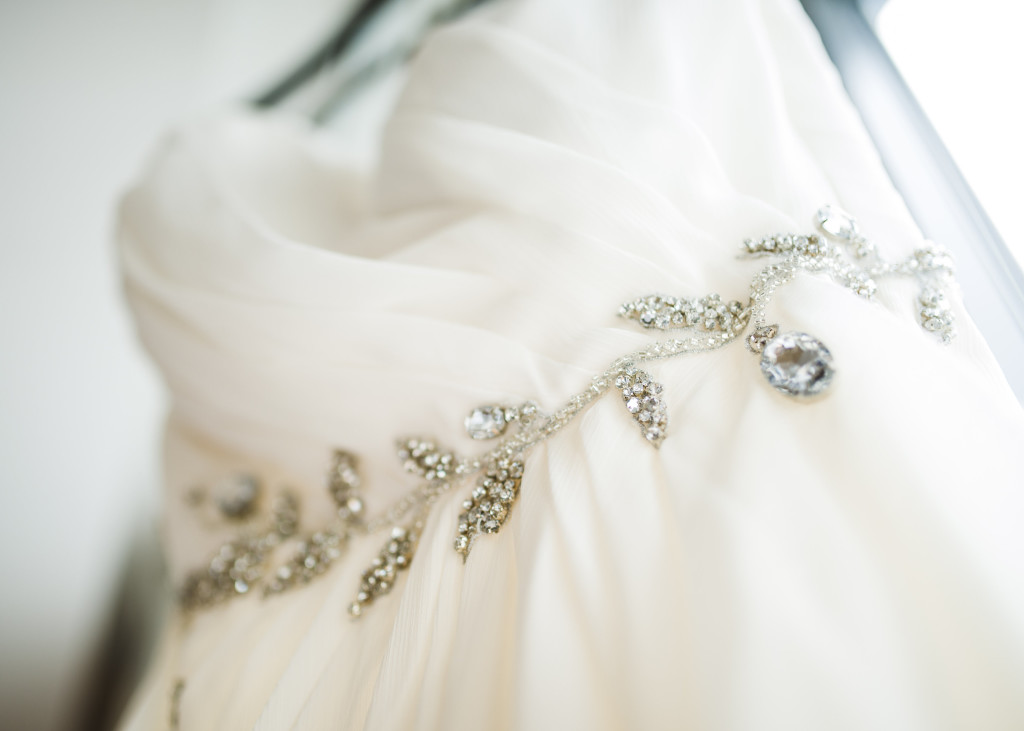 soft-beaded-belt-wedding-dress-mymoon-wedding-reminisce-photography-1024x731.jpg