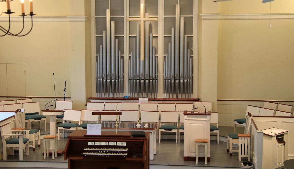 Dennis Union Church Casavant.jpg