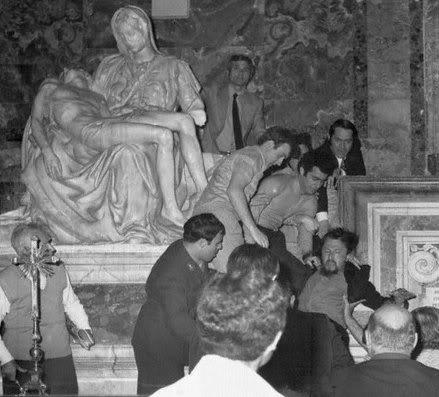 Laszlo Toth, during the 1972 Pieta attack