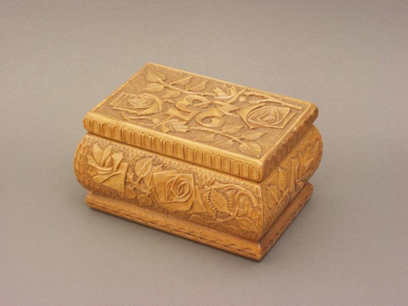Prisoner-made box found at Auschwitz