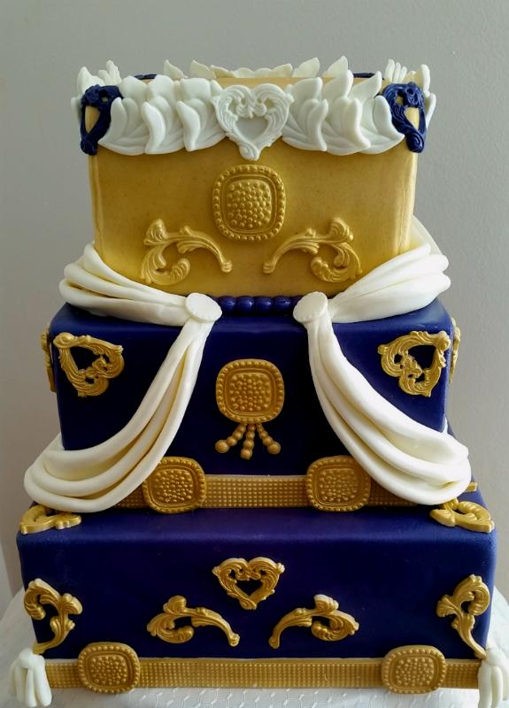 Royal cake  - 800.jpg