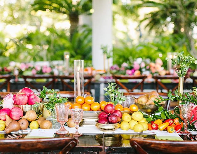 We love incorporating produce into our décor to give our guests a taste of the fresh and vibrant food to come. This beautiful rainbow tablescape uses fruits and vegetables sourced by our team from local farms paired with florals by @butterflyfloral! #catering #events #tablescapes #attheh #huntingtonhospitality