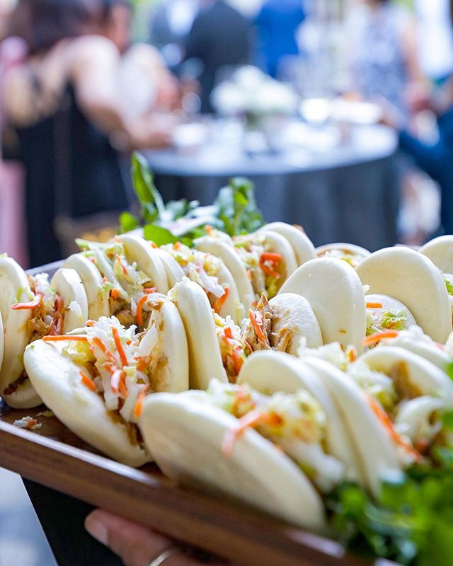 Soy-braised chicken bao with shaoxing rice wine slaw is a perfect tray-passed appetizer! #attheh #catering #moonsfestival #midautumnfestival