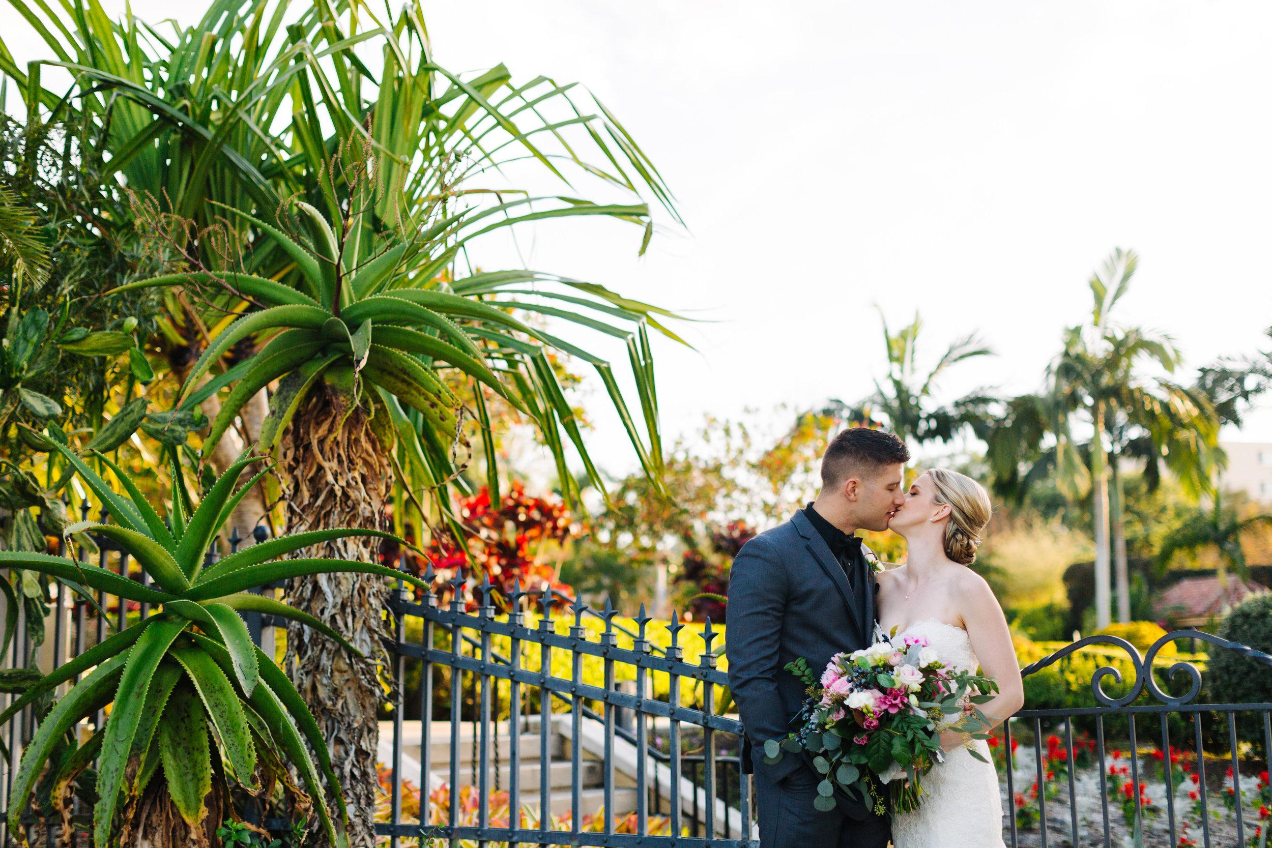 hollis gardens wedding downtown lakeland wedding jake and katie photography-32.jpg