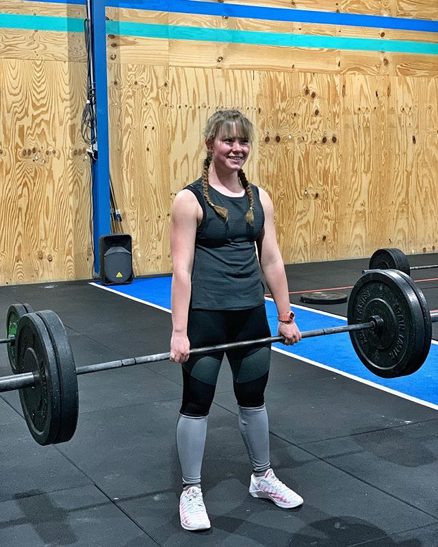 Jess has been training with us for a little while now & has since set multiple personal best times in her swimming so I wanted to share a little about her journey —- How old are you and what sports / activities do you enjoy? I'm 16 years old and I swim with the swimming club as well as attend Vanguards bootcamp and CrossFit classes. I also enjoy spending time in the bush and walking my dog —- What do you like most about training at Vanguard? I really like the positive and encouraging atmosphere without the competitiveness of other sports —- How has our training and coaching helped you outside the gym? (Results) I started training with Vanguard because my swimming times plateaued and I hoped that some extra strength training would help. I started the bootcamp classes first which helped improve my times and soon after started attending CrossFit and since then my swimming times have continued to improve —- What's your favourite exercise or movement? My favourite movement is deadlifts because I felt a sense of achievement once I was able to get the technique correct —- Do you think Vanguard could benefit other young athletes or people in general and how? Definitely, because of the friendly atmosphere and encouragement as well as the fitness and strength building which always helps put you in a better state of mind. @_w.jess @coach_philevo #VanguardFitness #CrossFitVanguard #CrossFit #Health #Wellness #Lifestyle #Reset #LiveLong #LiveWell #LiveHappy #MentalHealth #Learn #Grow #Inspire #Gymnastics #Swim
