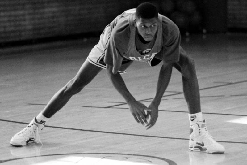 Felipe Lopez attended Rice High School In Harlem, NY in 1990, where he emerged as a household name. (Photo by: The New Yorker)