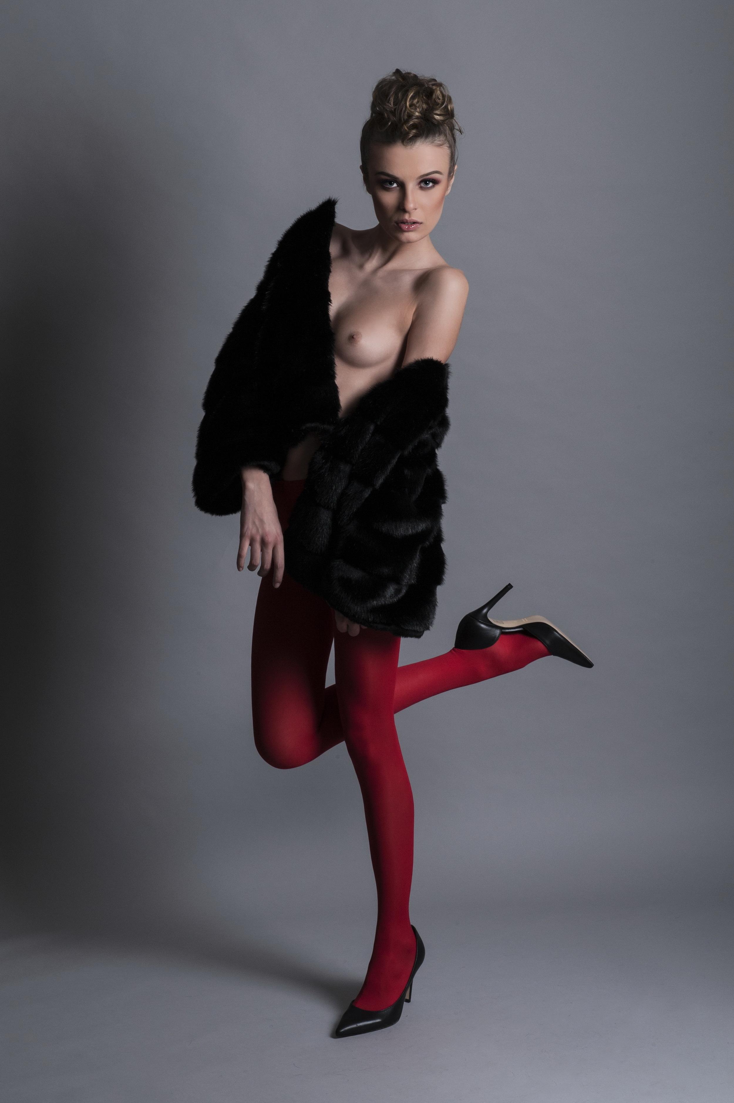 Model: Eleonora