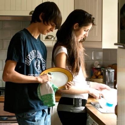 teenagers-housework.jpg
