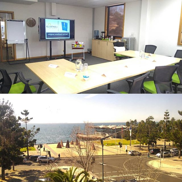 What a view from @geelongchamberofcommerce Waterfront Room.🤩🤩🤩 I'm set up and ready to deliver a Friday Arvo Refresher on all things customer service with the team from @snap_geelong #cateschreck  #serviceexcellencetraining  #geelong  #ballarat  #melbourne  and beyond.