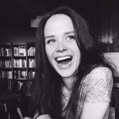KRISTIN JESS RODIN - Kristin er kjent som improvisatør og skuespiller fra blant annet