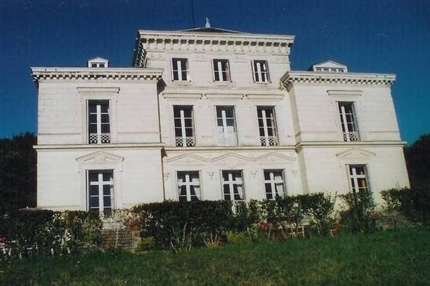 gite Château de Thorigny 12