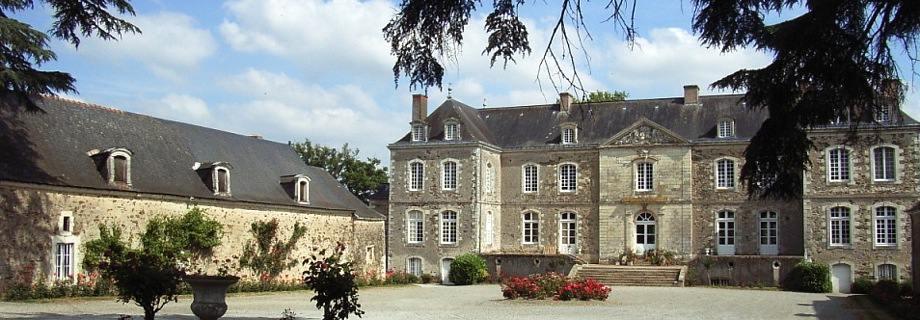 Le Domaine des Courans, Longuefuye