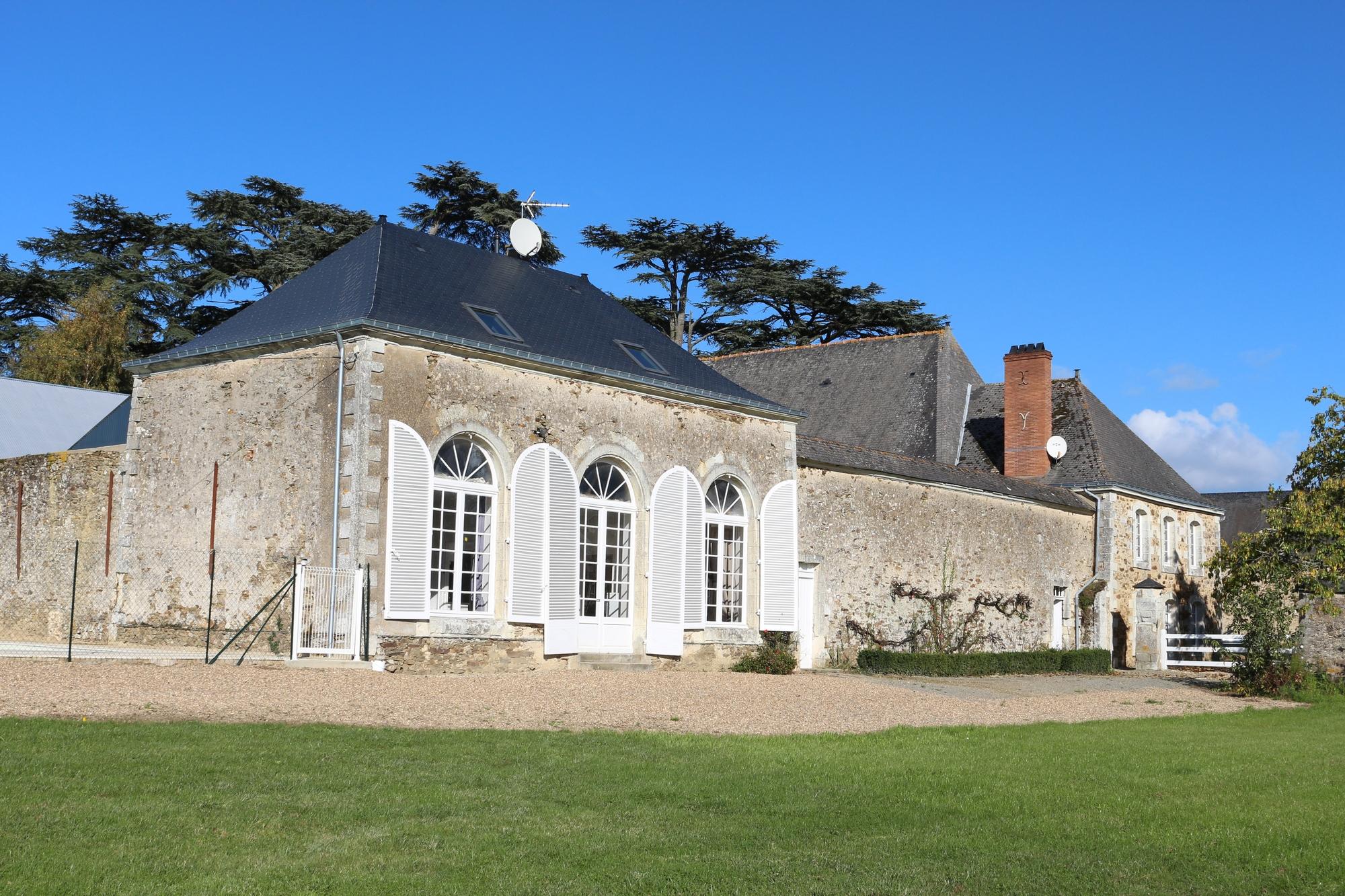 Petit Pavillon.jpg