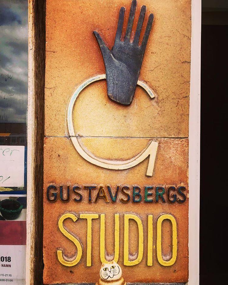 Studiohanden.jpg