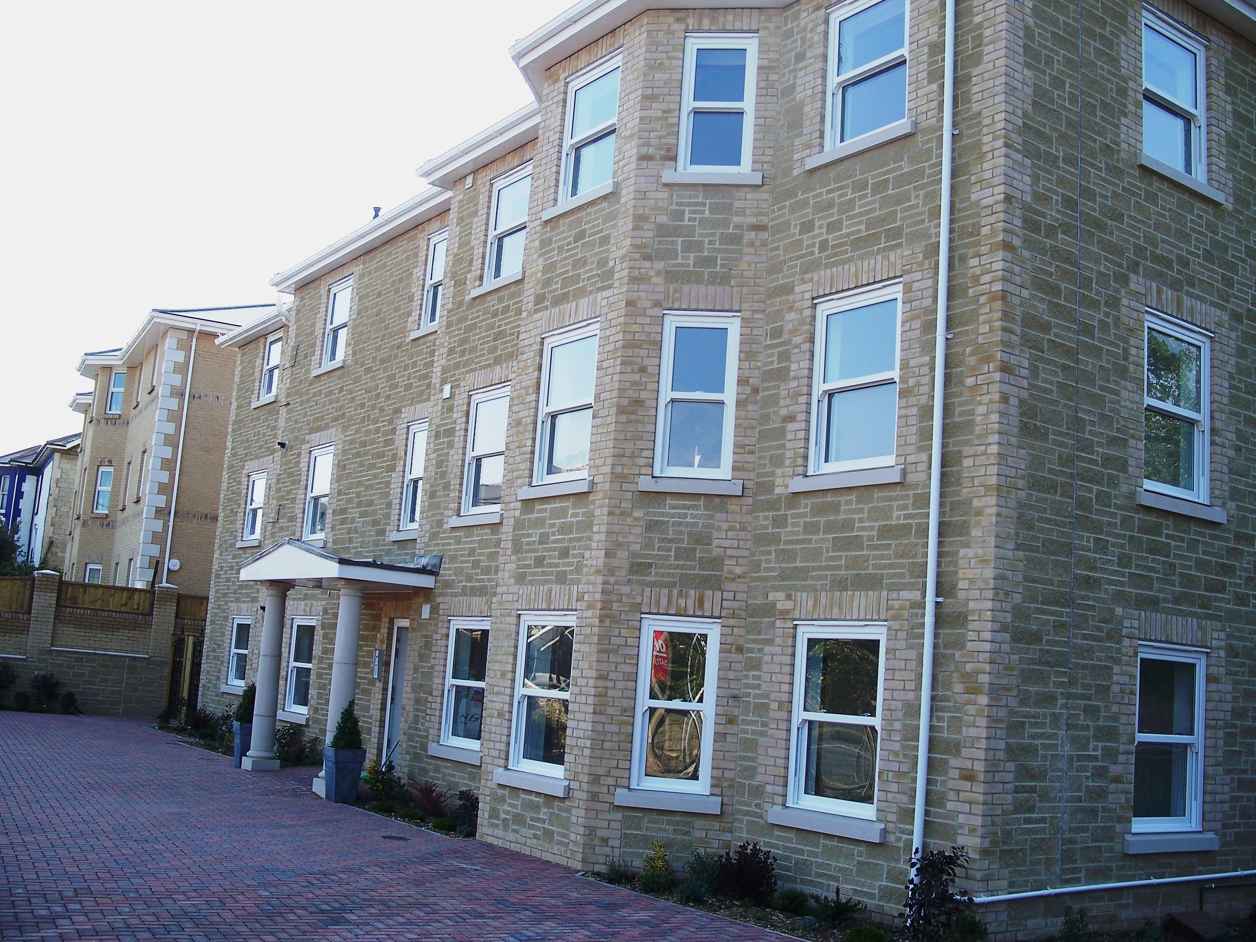 Flats & Houses - Sandown