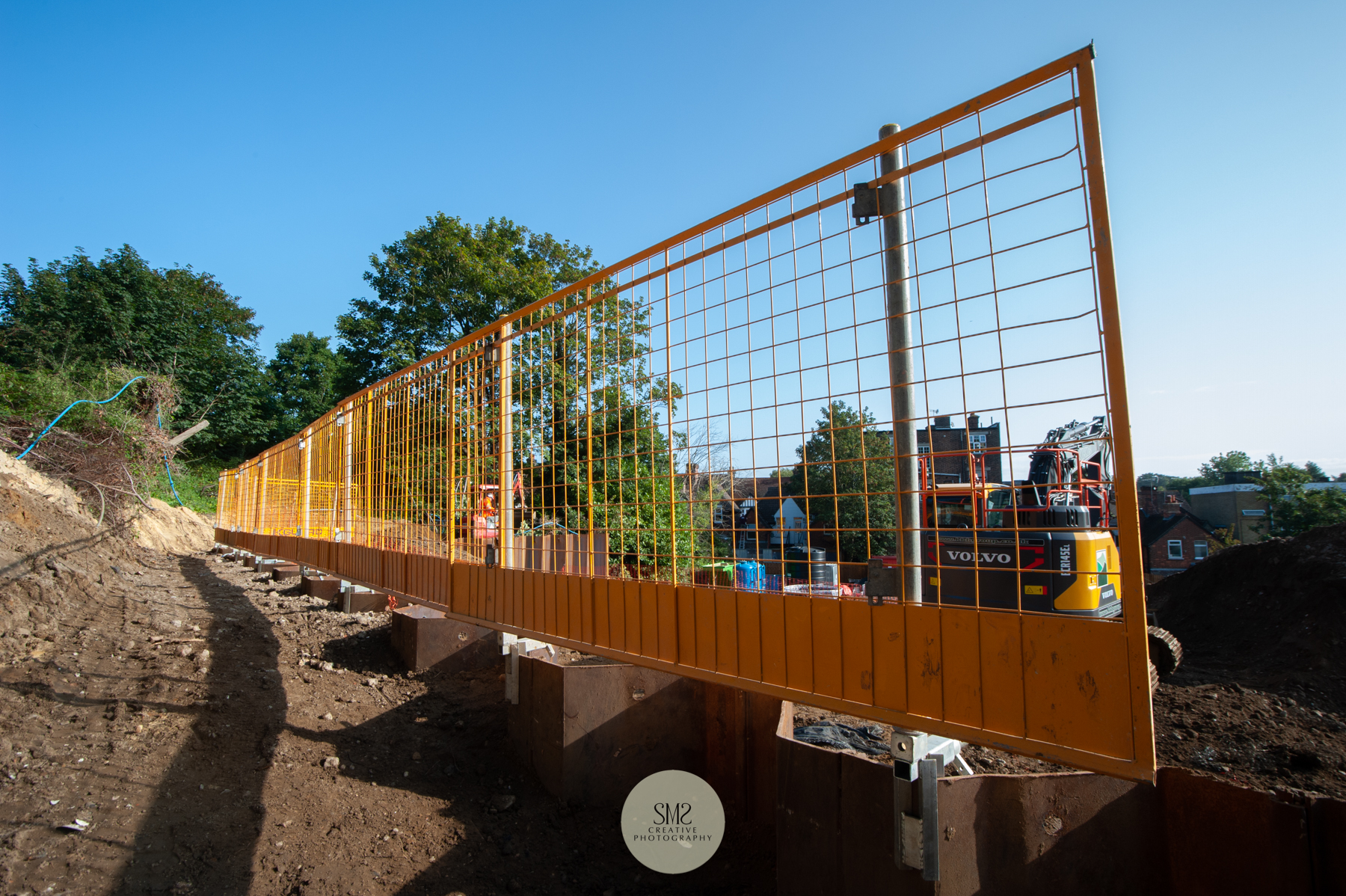 Safety barriers above the sheet piling at the Courtyard Gardens Site, Oxted.