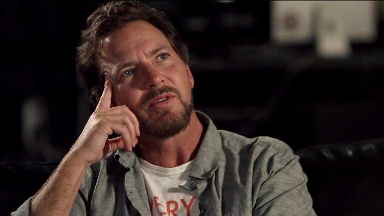 Eddie-Vedder-pensive-770.jpg