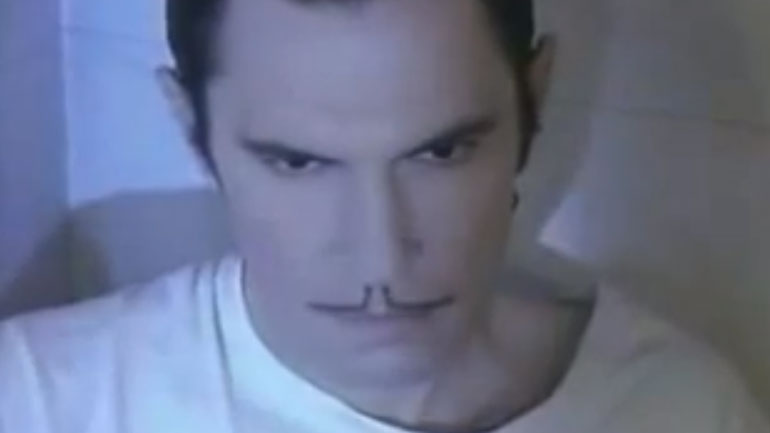 Sparks-Ron-Mael-Singing-In-The-Shower-770.jpg