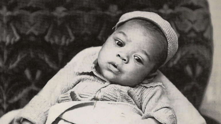 Jimi-Hendrix-as-a-baby.jpg