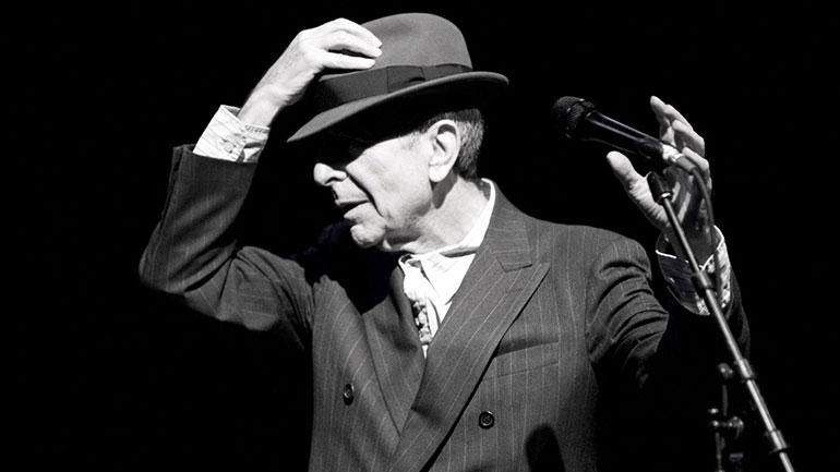 Leonard-Cohen-live.jpg