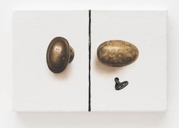 Ana Elisa Egreja   Maçanetas douradas , 2016 óleo sobre tela, 20 x 30 cm   Golden doorknobs , 2016 oil on canvas, 7 7/8 x 11 13/16 inches