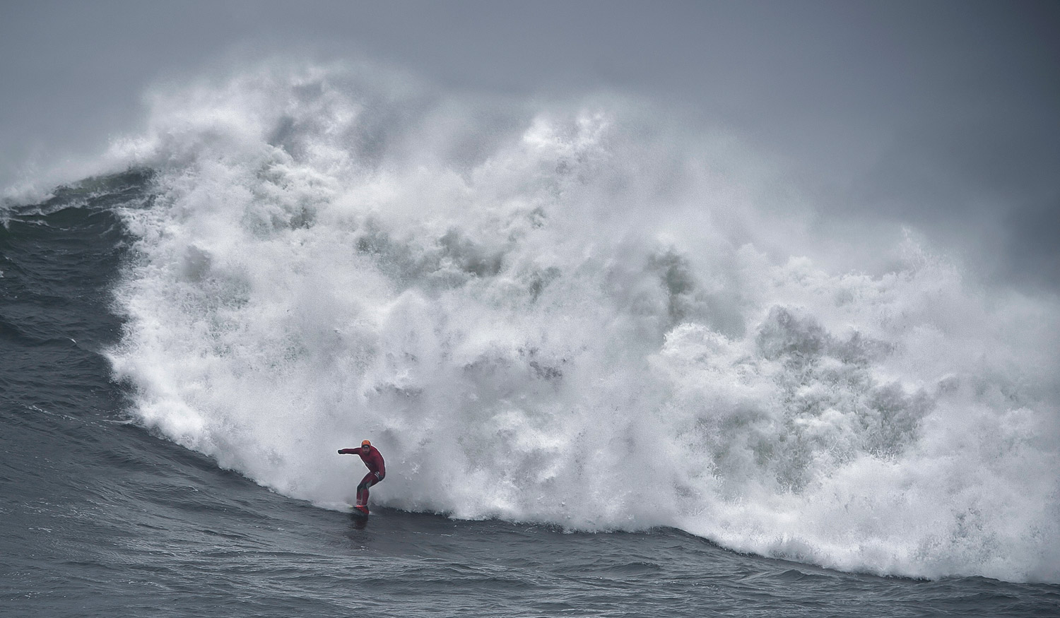 Al surfing Area 70. Pic by     Charles McQuillan