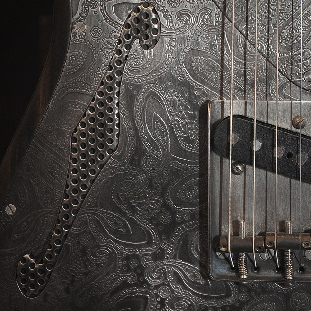 Deluxe SteelCaster Antique SIlver Paisley Engraved
